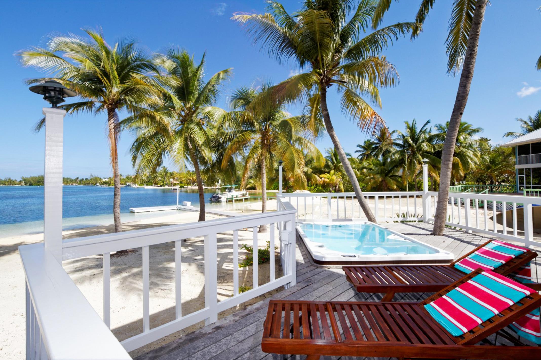 Villa CM SMC, 2br, Cayman Kai