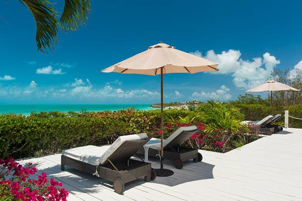 Villa IE ALZ, Turks and 