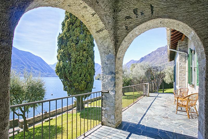 Villa BRV CIR, 3 BR, Ossucio (on the northwestern side of the lake)